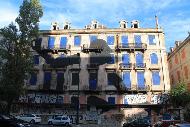 picoas graffiti black guy