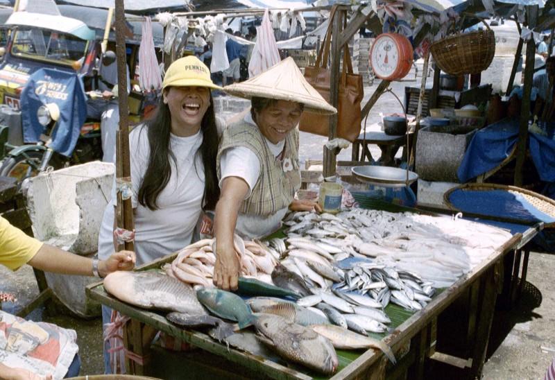 philippine market vendors