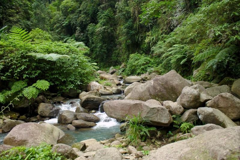 Casaroro Falls - small waterfall halfway