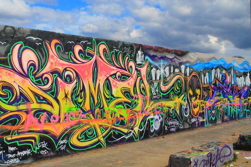 Mauerpark Berlin grafitti