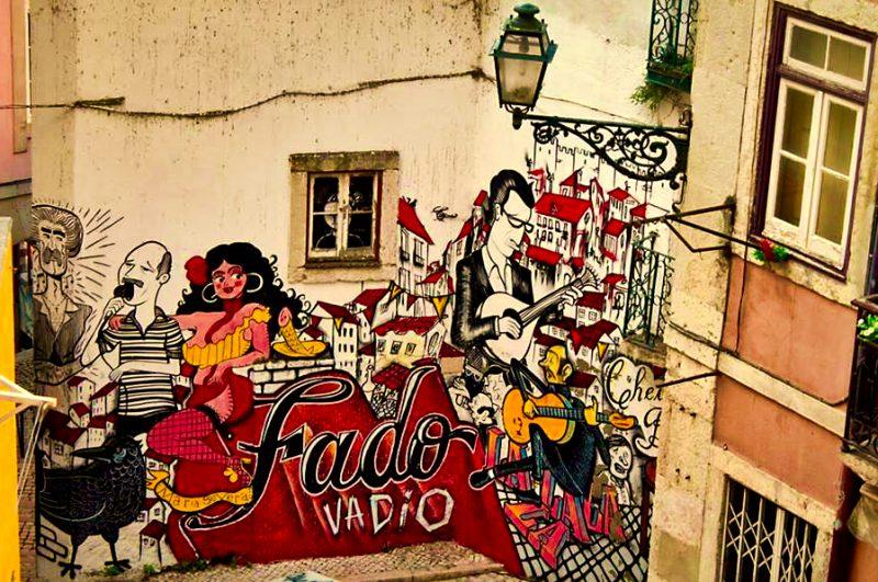 lisbon alfama streetart fado vadio
