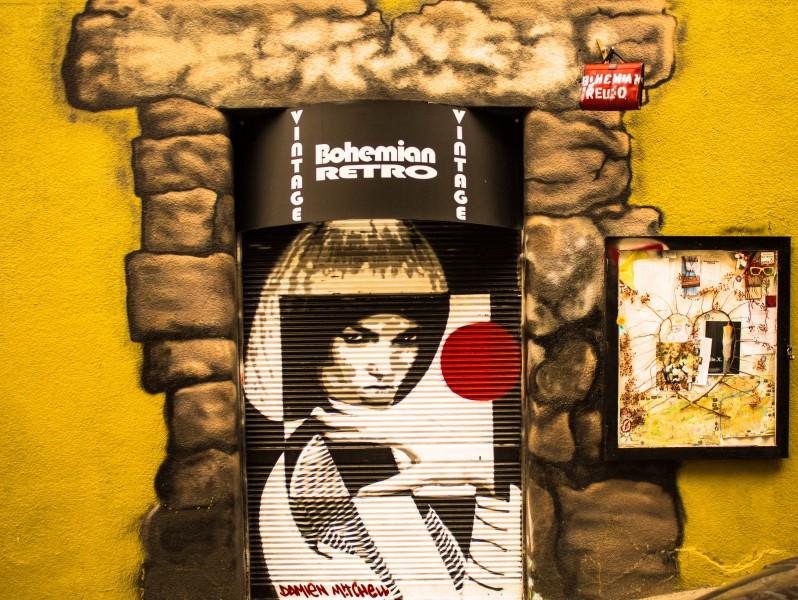 Prague street art, Bohemian Retro, Chvalova