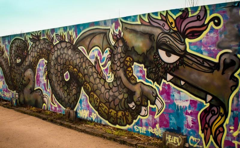 Prague streetart, Argentinská, dragon