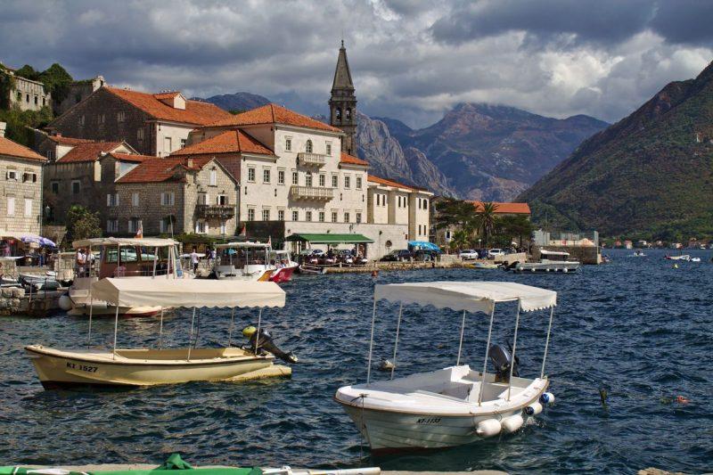 Montenegro, Perast, town