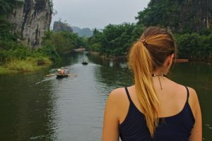 The rowing boat tours of Tam Coc