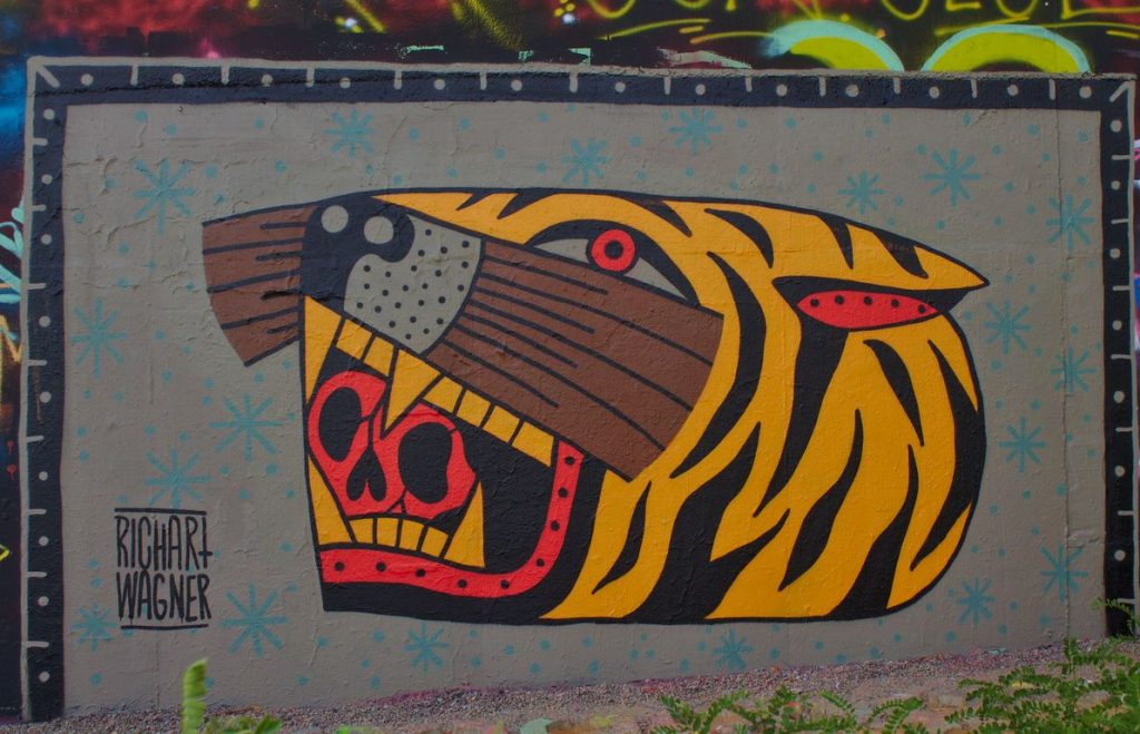 Tiger, street art, Prague