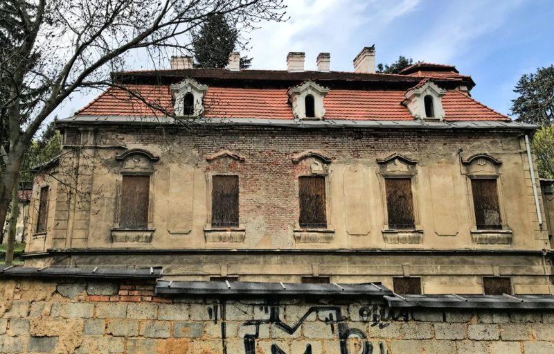 Turbová, Abanonded building, Jinonická, Košíře, Prague