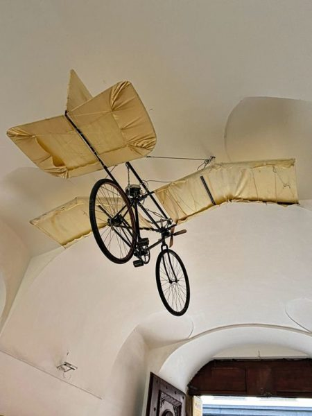 Bicycle with wings, Prague