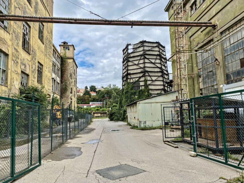 abandoned Kolbenova plant, tower, Vysočany, Prague