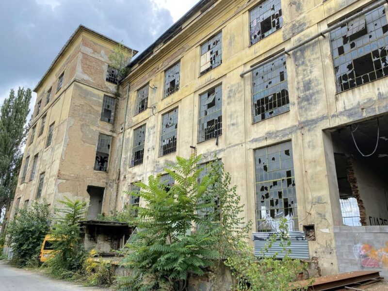 abandoned Kolbenova plant, Vysočany, Prague