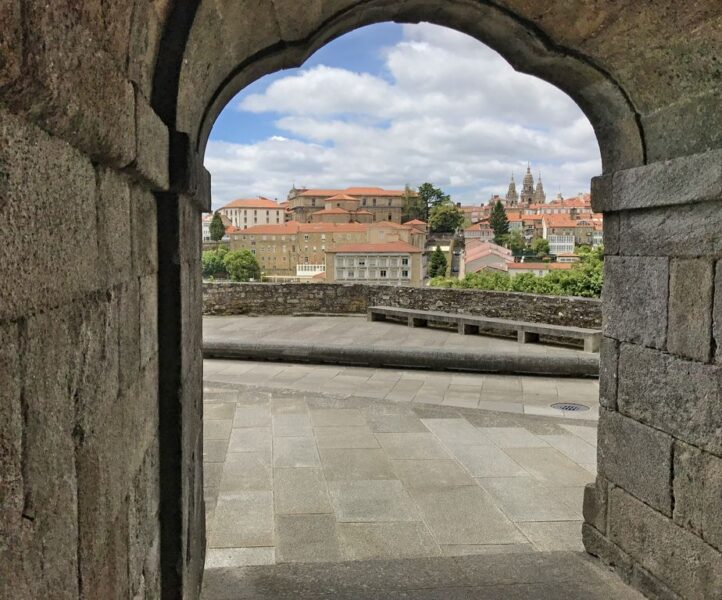 Santiago de Compostela, archbow, Camino Portugues